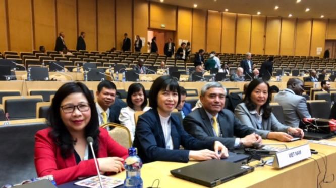 Đoàn Việt Nam tham dự Hội nghị Chiến lược cấp Bộ trưởng tại Đại hội Bất thường UPU lần thứ 2