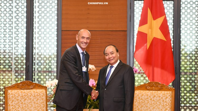 Thủ tướng Nguyễn Xuân Phúc tiếp ông Karim Temsamani, Chủ tịch Điều hành châu Á-Thái Bình Dương của Google.