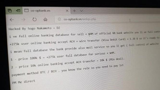 Thông điệp rao bán dữ liệu người dùng mà kẻ tấn công để lại trên website Ngân hàng Hợp tác xã Việt Nam tối 13/10/2018.