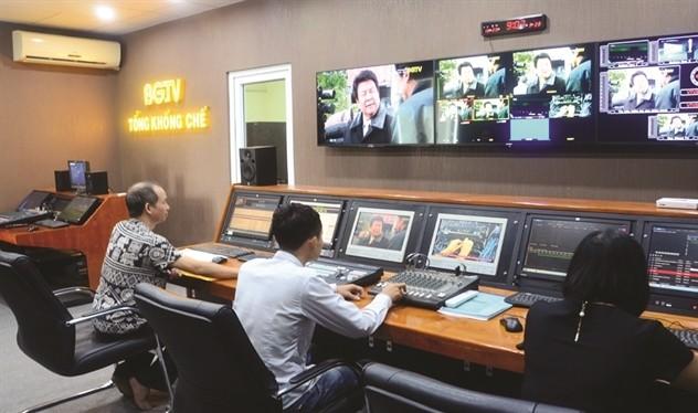 Nhiều chuyên gia lo ngại Dự thảo Nghị định sẽ tạo thêm các gánh nặng về thủ tục hành chính cho doanh nghiệp và là rào cản cho hoạt động đầu tư vào lĩnh vực nội dung số tại Việt Nam. Ảnh minh họa.