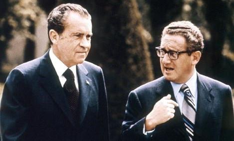 Tổng thống thứ 37 của Mỹ Richard Nixon và Ngoại trưởng Henry Kissinger