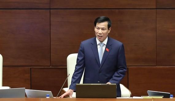 Bộ trưởng VHTT&DL Nguyễn Ngọc Thiện trong phiên đăng đàn chiều nay.