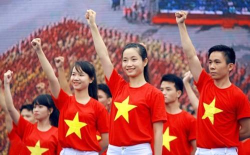 Chương trình quảng bá du lịch Việt Nam bằng công cụ video mang tên HelloVietnam.