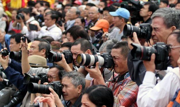Báo chí cách mạng nước ta phải thể hiện dòng chảy chính của xã hội nước ta.