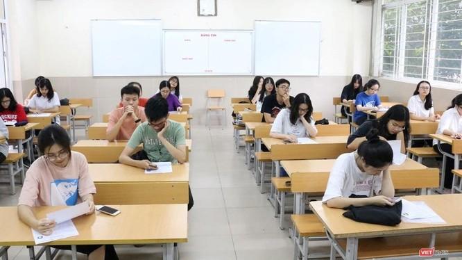 Thí sinh dự thi trong kỳ thi THPT quốc gia 2019. Ảnh: Minh Thúy