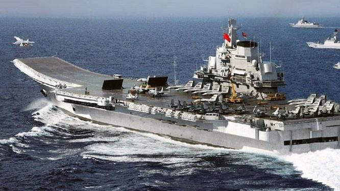 Tàu Liêu Ninh vốn là tàu Varyag thuộc lớp tàu sân bay Đô đốc Kuznetsov, do Liên Xô khởi công đóng năm 1985.