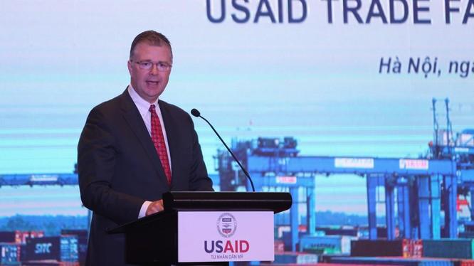Đại sứ Hoa Kỳ tại Việt Nam Da-niel J. Kritenbrink.