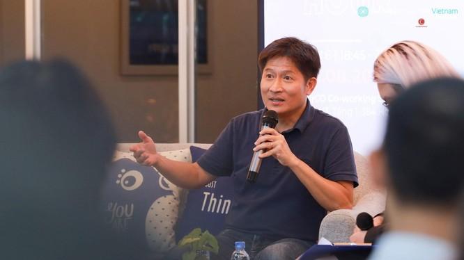 Anh Nam Nguyễn, Giám đốc toàn cầu bộ phận kỹ sư của Instagram .