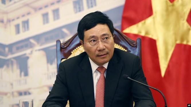 Phó Thủ tướng. Bộ trưởng Bộ Ngoại giao Phạm Bình Minh.