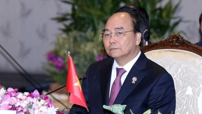 Thủ tướng Nguyễn Xuân Phúc dẫn đầu đoàn đại biểu Việt Nam dự phiên toàn thể Hội nghị Cấp cao ASEAN lần thứ 35.