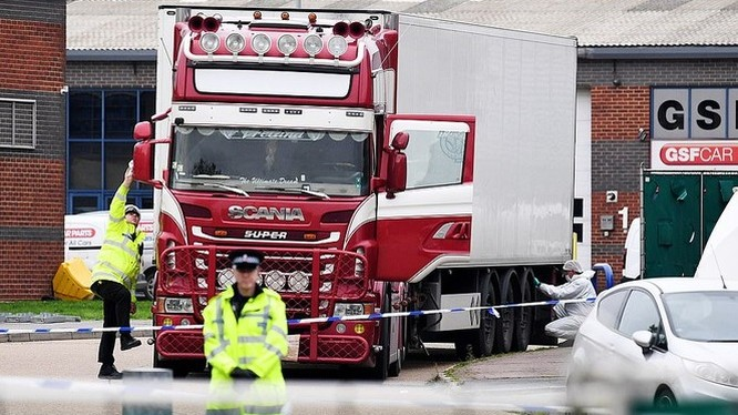 Việc xác minh danh tính 31 nạn nhân nam và 8 nạn nhân nữ trong số 39 nạn nhân thiệt mạng trong container hiện đã hoàn thành.