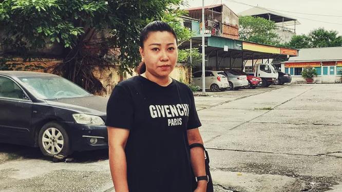 Hình ảnh nữ Đại úy Lê Thị Hiền khi mới đi làm trở lại.