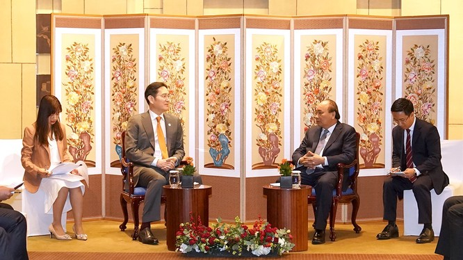 Thủ tướng Nguyễn Xuân Phúc tiếp Phó Chủ tịch Tập đoàn Samsung Lee Jae-yong.