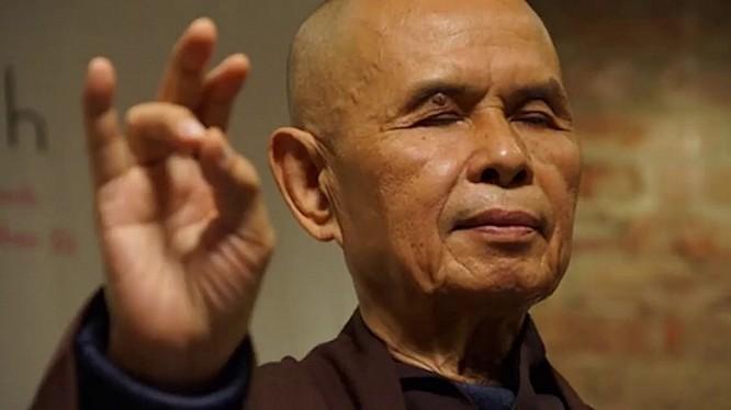 Ông Thích Nhất Hạnh (tên khai sinh Nguyễn Xuân Bảo, sinh ngày 11/10/1926) là một thiền sư, giảng viên, nhà văn, nhà thơ, nhà khảo cứu, nhà hoạt động xã hội, và người vận động cho hòa bình người Việt Nam.