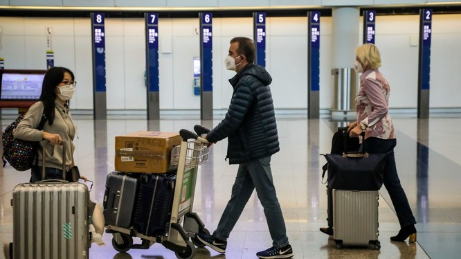 Không riêng Mỹ, nhiều nước đang tạm ngưng cấp thị thực nhập cảnh hoặc từ chối nhập cảnh với công dân Trung Quốc vì virus Corona mới gây viêm phổi cấp đang lây lan. Ảnh: Business Insider