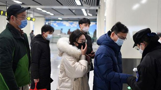 Bộ LĐTBXH yêu cầu giám sát lao động Trung Quốc về quê ăn Tết quay lại Việt Nam. Ảnh: Vietnamnet