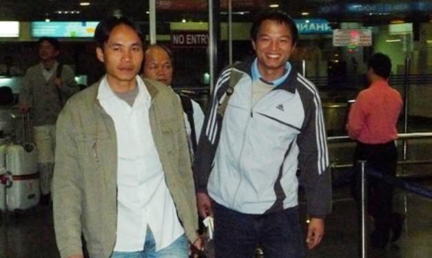 Niềm vui của người lao động khi được sơ tán khỏi Libya thành công (chụp tại sân bay quốc tế Nội Bài năm 2011. Ảnh: VGP.