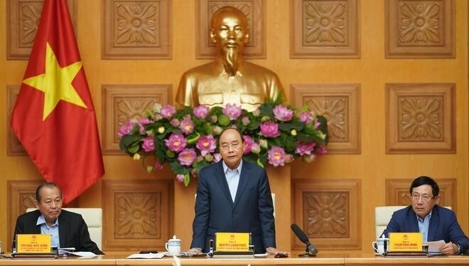 Thủ tướng Nguyễn Xuân Phúc chỉ đạo tạm dừng các đoàn công tác nước ngoài, tập trung dập dịch COVID-19. Ảnh: VGP.