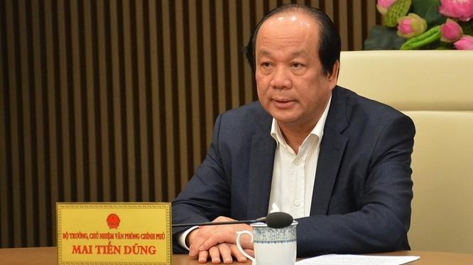 Bộ trưởng, Chủ nhiệm VPCP Mai Tiến Dũng làm rõ hơn vấn đề thực hiện Chỉ thị 16 của Thủ tướng. Ảnh: VGP