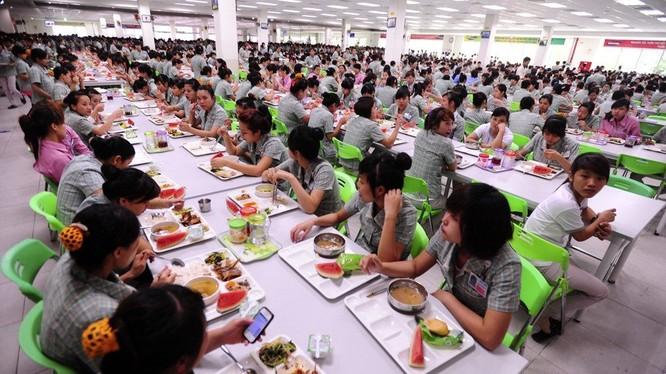 Khu vực nhà ăn của công nhân Công ty Samsung tại Việt Nam. Ảnh: Samsung Global Newsroom.