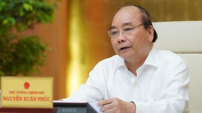 Thủ tướng kết luận cuộc họp Thường trực Chính phủ chiều 22/4. Ảnh: VPCP