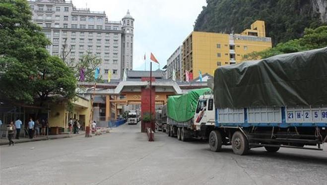 Thủ tướng cho phép mở lại một số cửa khẩu phụ và lối mở trên tuyến biên giới Việt Nam - Trung Quốc. Ảnh: Bộ Công thương
