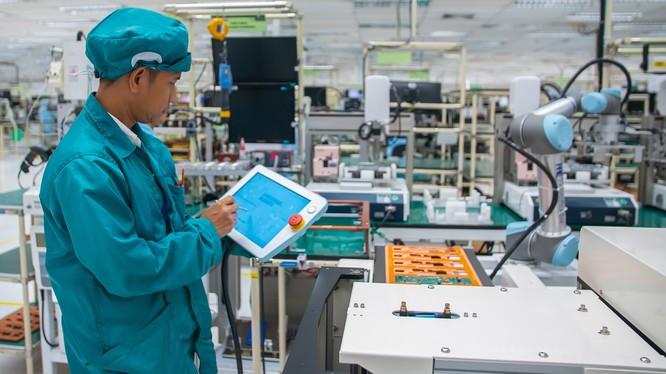 Việc sử dụng robot có thể giúp tăng tỷ trọng đóng góp của ngành sản xuất cho nền kinh tế và thúc đẩy đổi mới và phát triển năng lực cho các doanh nghiệp vừa và nhỏ.