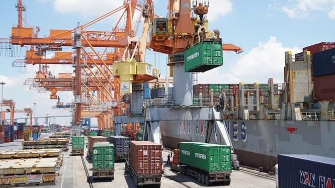 Xây dựng chuỗi cung ứng dịch vụ logistics là một trong những nhiệm vụ trọng tâm của Bộ GTVT đến năm 2030. Ảnh: mt.gov.vn