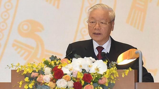 Tổng Bí thư, Chủ tịch nước Nguyễn Phú Trọng phát biểu chỉ đạo tại Hội nghị.