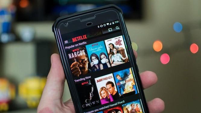 Cục PTTH&TTĐT đánh giá, trong 12 tháng qua, Netflix đã 3 lần bị phát hiện cung cấp phim, chương trình truyền hình có nội dung vi phạm chủ quyền lãnh thổ Việt Nam.