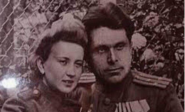 Bộ trưởng Nội vụ Xô Viết Nikolai Shelokov cùng vợ thời trẻ.