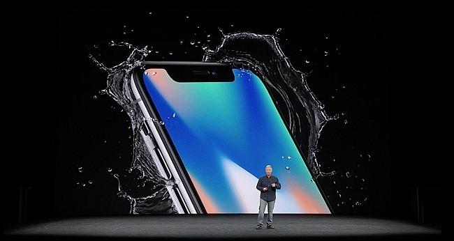 Tại sao bạn nên chọn iPhone X thay vì iPhone 8? (ảnh: Twitter)