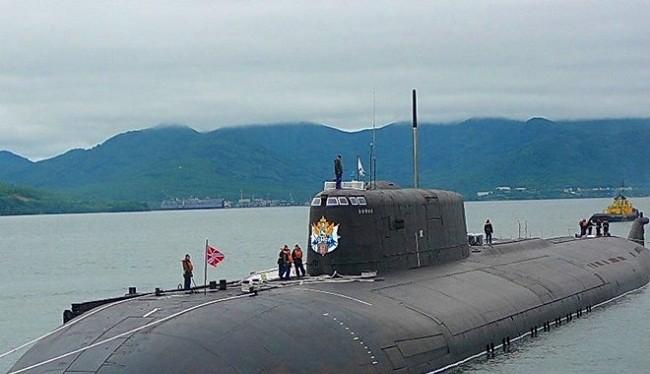 Tàu ngầm hạt nhân lớp Oscar II của Nga. Ảnh: WarTools