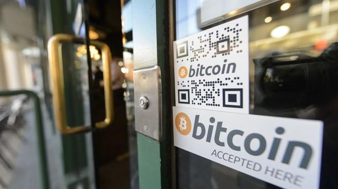 Bitcoin ra đời từ khi nào?