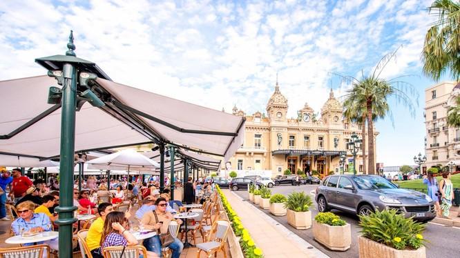 Monaco nổi tiếng là sân chơi của giới siêu giàu (Ảnh: Business Insider)