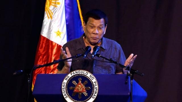 Tổng thống Duterte thú nhận mình từng là gay (Anh: TheHill)