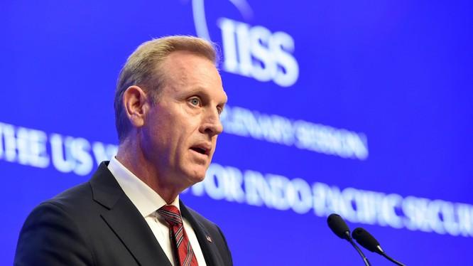 Quyền Bộ trưởng Quốc phòng Mỹ Patrick Shanahan phát biểu tại Đối thoại Shangri-La (Ảnh: NBC)