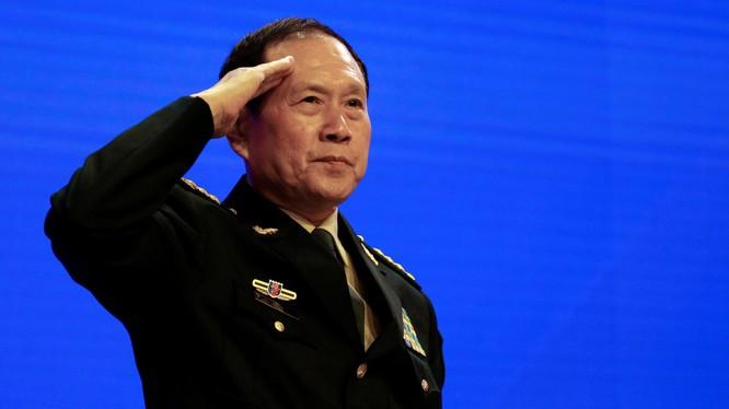 Ông Ngụy Phượng Hòa phát biểu tại Đối thoại Shangri-La sáng 2/6 (Ảnh: Guardian)