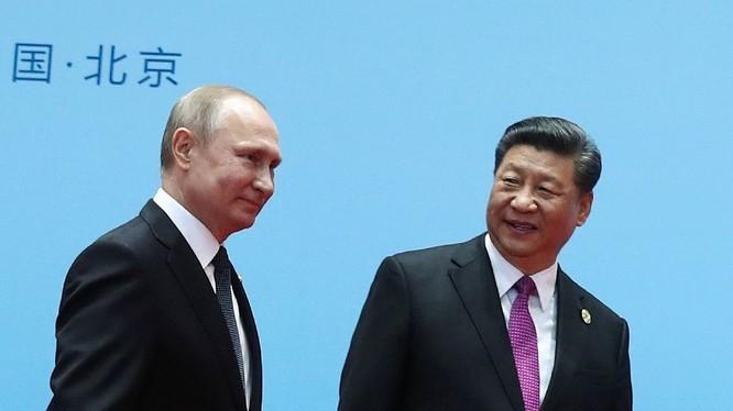 Tổng thống Putin và Chủ tịch Tập Cận Bình trong cuộc gặp tại Bắc Kinh hồi đầu năm nay (Ảnh: AFP)