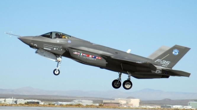 Mẫu tiêm kích tàng hình thế hệ thứ 5 F-35 của Mỹ (Ảnh: AFP)