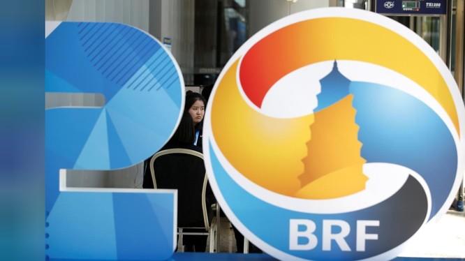 Logo của sáng kiến Vành đai và Con đường trong Hội nghị thượng đỉnh tổ chức tại Bắc Kinh hôm 25/4/219 (Ảnh: Reuters)