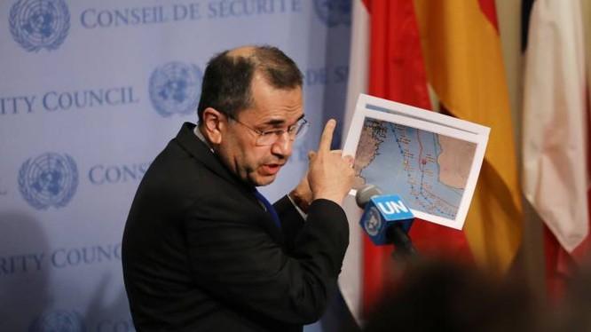 Đại sứ Iran tại LHQ Majid Ravanchi khẳng định rằng máy bay Mỹ đã vi phạm không phận của họ (Ảnh: Newsweek)
