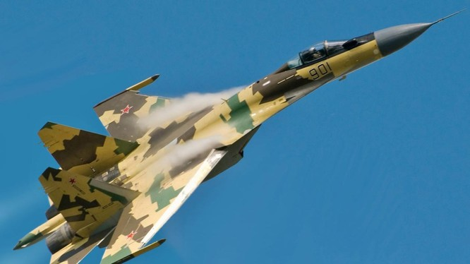 Mẫu phi cơ Su-35 do Nga chế tạo (Ảnh: National Interest)