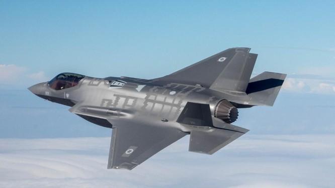 Mẫu chiến đấu cơ tàng hình F-35 của Lockheed Martin (Nguồn: National Interest)