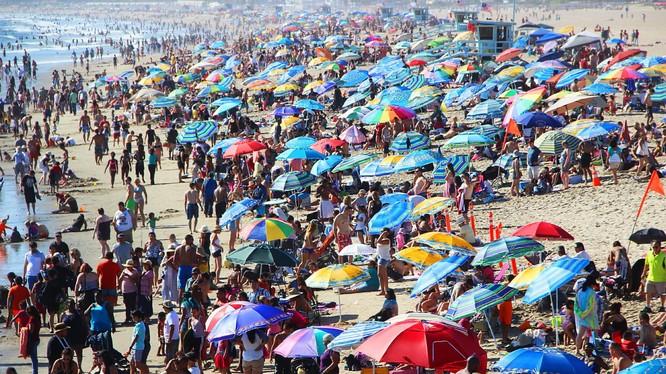 Dân số thế giới sắp cán mốc 8 tỷ người (Ảnh: Getty)