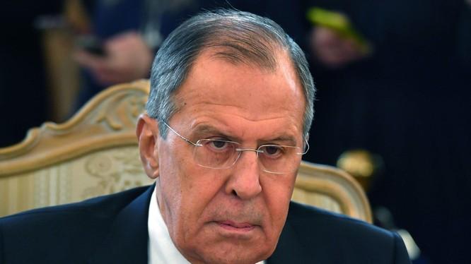Ngoại trưởng Nga Sergey Lavrov (Ảnh Newsweek)