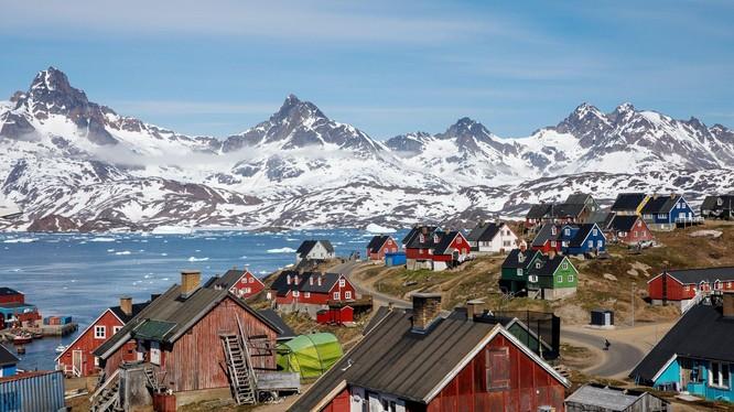 Người dân Greenland luôn hy vọng tới một ngày mà đất nước họ không còn là con bài ngã giá giữa Mỹ và Đan Mạch (Ảnh: Getty)