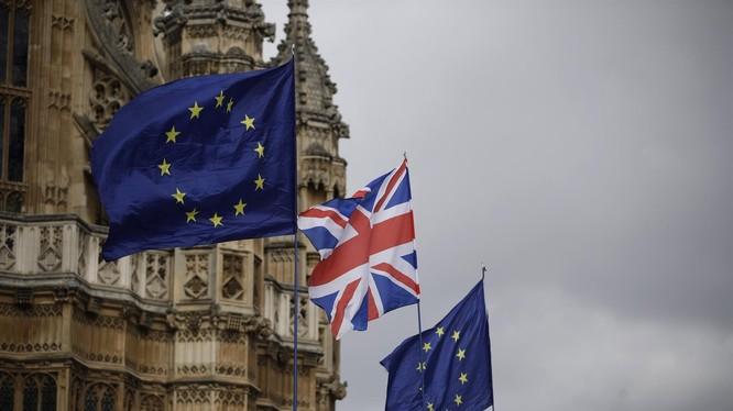 Tài liệu rò rỉ chỉ ra rằng Anh sẽ thiếu nhiên liệu, thực phẩm, thuốc men sau khi rời EU mà không có thỏa thuận (Ảnh: Reuters)