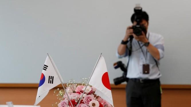 Nhật-Hàn căng thẳng làm dấy lên lo ngại về quan hệ hợp tác an ninh ba bên với Mỹ. (Ảnh: Reuters)