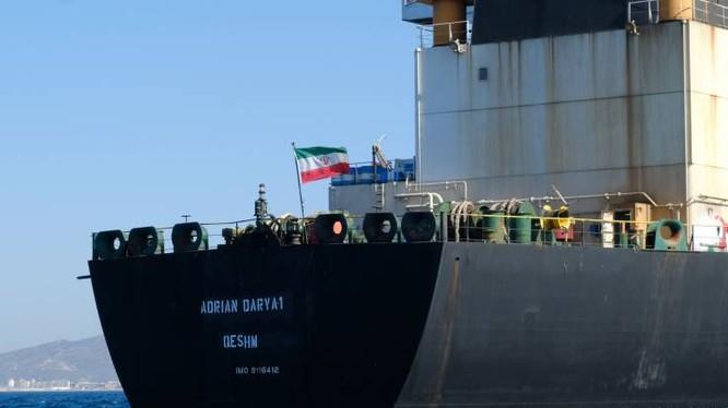 Tàu chở dầu Adrian Darya 1 – trước là Grace 1 – của Iran (Ảnh: Newsweek)